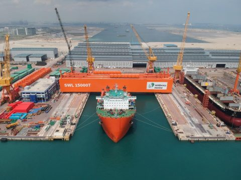 Big heavy weight transport project on Cometto MSPE