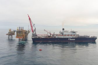 Allseas' Pioneering Spirit delivers 516-tonne unit to CNOOC's Buzzard platform