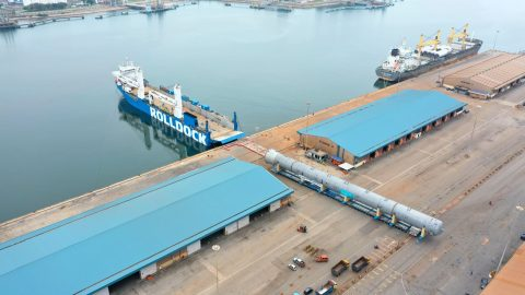 Rolldock Sea departs Kuantan Port with Vietnamese project cargo