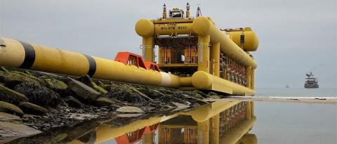Subsea 7 tows pipeline bundle to Buzzard field