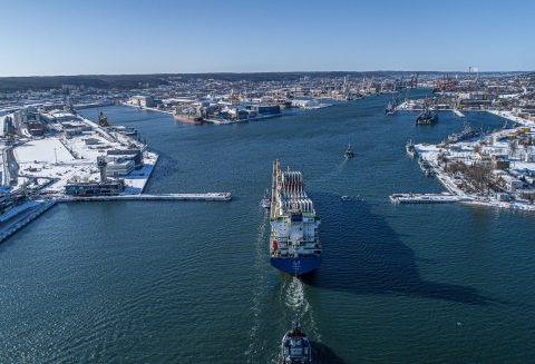 Vestas enters talks with Port of Gdynia on offshore wind prep hub