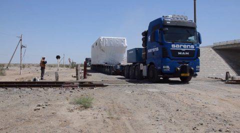 Sarens hauls heavy load from Kazakhstan to Uzbekistan