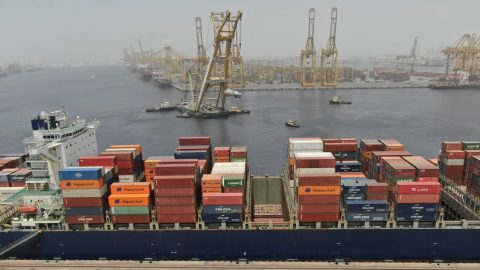 Is there space for project cargo on container ships?